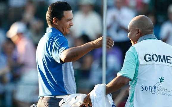 The two best shots from Fabian Gomez's win at the Sony Open: January 2016
